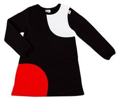 Tuulisena päivänä tarvii hiukan pidemmät hihat!  Kuva: Höö . . . @kotimaidesign @hoo_design #kotimaidesign #hipdesignkuja #hippalot2017 #höö #höödesign #tunika #tunic #blackandwhite #red #kids #lastenvaatteet #madeinfinland