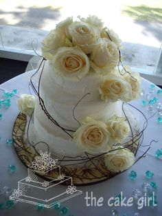 wedding cake, i just like the twiggy bits, with a birds nest cake topper