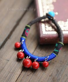 Possession of the wind waxed thread braceletMaterial: wax line, coral beadsWeight:10g /$23.99