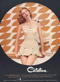 668a3d682e geweldige retro Swimwear van Catalina // Suzy Parker Wearing Red Lipstick  and a Catalina Swimsuit in a 1957 Catalina Swimwear Ad.