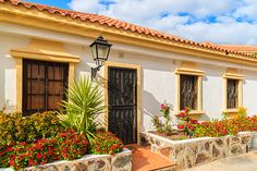 Showcasing Tenerife property from Lupain