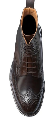 Crockett & Jones, makers of the finest English men's and women's handmade shoes & footwear, was founded in 1879 in Northampton, specialising in the manufacture of high quality, Goodyear-welted handmade leather shoes. Men's Shoes, Shoe Boots, Dress Shoes, Crockett And Jones, Live In Style, Handmade Leather Shoes, English Men, Goodyear Welt, Brogues