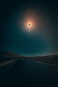 Solar eclipse, Eclipse photos, Solar eclipse Total eclipse, Eclipse, Solar 2017 - Of The Best Shots Of The 2017 Solar Eclipse - Solar 2017, Solar Eclipse 2017, Solar Eclipse Images, Eclipse Lunar, Beautiful Moon, Beautiful World, Eclipse Photos, Cool Pictures, Cool Photos