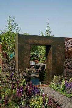 Urban Flow Garden by Tony Woods