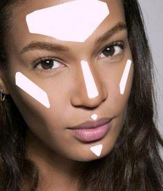 Já conhece a técnica de strobing para iluminar o seu rosto e ficar com uma maquiagem fabulosa? #maquiagem #strobing #makeup