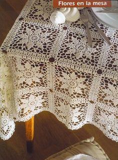 nappe aux motifs carrés - This site has multiple patterns. Beautiful