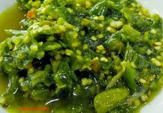Indonesian Padang Green Chilli Recipe (Language: ID) Asian Cooking, Easy Cooking, Cooking Recipes, Padang, Asian Recipes, Healthy Recipes, Ethnic Recipes, Sambal Recipe, Mie Goreng