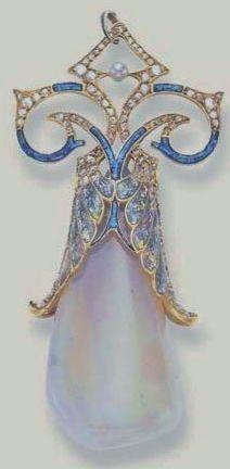Georges Fouquet - ART NOUVEAU OPAL, DIAMOND AND ENAMEL PENDANT c1900. Signed