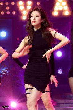 Miss A Suzy, Bae Suzy, Korean Model, Singer, Actresses, Fashion, Female Actresses, Moda, Fashion Styles