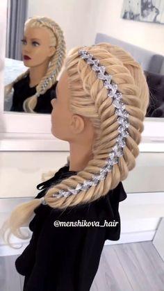 Ribbon Hairstyle, Ribbon Braids, Plaits Hairstyles, Bun Hairstyles For Long Hair, Braid Front Of Hair, Hair Upstyles, Front Hair Styles, Long Hair Video, Hair Growth Oil