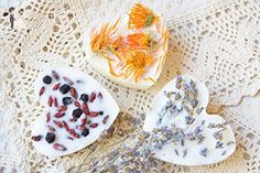 Heart candle Heart tart melts Soy candle Wedding party favor Herbal soy wax tarts scented candle tart warmer Wedding lighting Wedding candles Bridal favors Air freshener Love Bridal shower - Venue and reception decor (*Amazon Partner-Link)