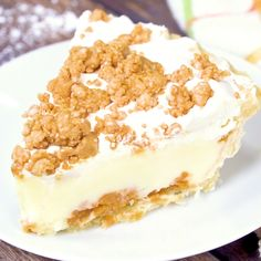 Peanut Butter Pie Peanut Butter Pie - Layers of sweet deliciousness! The bottom layer is smooth, swe Homemade White Cakes, Homemade Vanilla Cake, Semi Homemade, Homemade Recipe, Pie Recipes, Gourmet Recipes, Dessert Recipes, Easter Recipes, Food Cakes