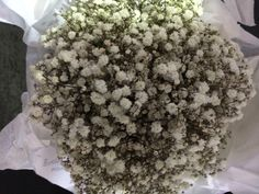 Baby's Breath #Wedding #Bouquet #Styling#weddingbouquets #bridebouquet #floralarrangements #flowerarrangements #flowerdesigns #floraldesigns http://www.decorit.com.au (4)