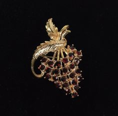 Vintage Strawberry Gold Tone Brooch Pin