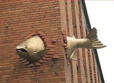art - sculptures - philip moerman - www.moermansculptures.be  You Can Do It 2. http://www.zazzle.com/posters?rf=238594074174686702