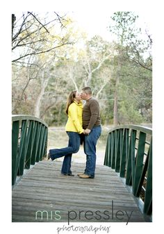 Couple Photography Cute Couple Poses, Photo Poses For Couples, Couple Shoot, Couple Ideas, Adult Family Photography, Couple Photography, Photography Poses, Engagement Photography, Pic Pose