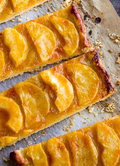 No fancy pastry skills needed here — This so-simple apple tart is the perfect pastry recipe to have up your sleeve when you have guests for tea or dinner. The golden and flaky crust topped with swe… Apple Tart Recipe, Apple Recipes, Fall Recipes, Sweet Pie, Sweet Tarts, Great Desserts, Fall Desserts, Sugar Free Baking, Easy Halloween Food