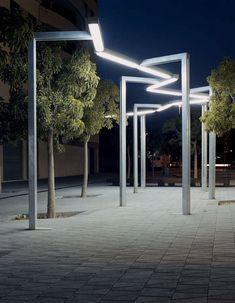 Farola urbana / moderna / de acero galvanizado / fluorescente - VÍA LÁCTEA by Enric Batlle & Joan Roig - SANTA&COLE