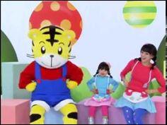 《巧連智》幼幼版.念謠Do Re Mi:手指謠 - YouTube