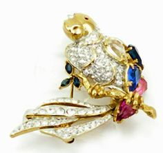 Vintage jeweled parrot brooch $69   http://www.vintagecostumejewelryaddiction.com/vcja315o.html