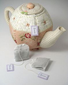 I couldn't resist making some Lavender Teabags to go with the Quilted Teapot! My teabags are larger than a normal teabag so the teapot is really larger than it appears! Handmadebymoi also makes lavender teabags.  This is my attempt at a professional looking photo after much research and many photos. Here are the 2 links that helped me out: www.studiolighting.net/homemade-light-box-for-product-pho... www.shortcourses.com/tabletop/ Here is another…