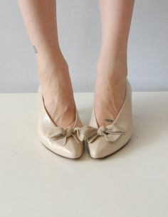 Pastel BOW vintage shoes have these :)