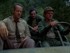 M*A*S*H: Season 4, Episode 2 Welcome to Korea (12 Sep. 1975) mash, 4077, Hawkeye Pierce , Captain Benjamin Franklin Pierce, Alan Alda,  Mike Farrell , Captain B.J. Hunnicut ,