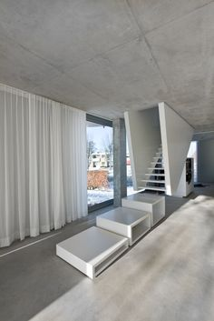 Image 4 of 14 from gallery of H House / Wiel Arets Architects. Photograph by João Morgado