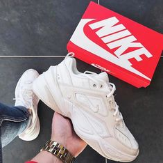 Sneakers Mode, Sneakers Fashion, Nike Fashion, Dad Shoes, Me Too Shoes, Nike Shoes For Sale, Hype Shoes, Pretty Shoes, Shoes Heels