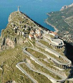 Maratea. Monte San Biagio. Statua del redentore. Cristo più alto di'Europa.