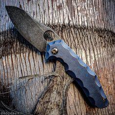 103 Likes, 2 Comments - slice Handmade Walking Sticks, Neck Bones, Edc Knife, Knives And Swords, Knife Making, Folding Knives, Knifes, Axe, Badges