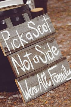 Rustic #wedding #signs let your guests know important information.