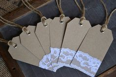 rustic wedding name cards | Wedding place cards/name tags/favor tags by LaPommeEtLaPipe