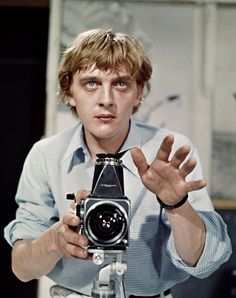 David Hemmings - Blow-Up (Michelangelo Antonioni, Palme d'or à Cannes Michelangelo Antonioni, Cultura Pop, Cannes, Vanity Fair, Cinema Video, Cinema Cinema, David Hemmings, Faye Dunaway, Film Stills