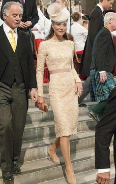 Dear Duchess, please donate your dress .. To meeeeeee pretty pretty pleaaaaaaase