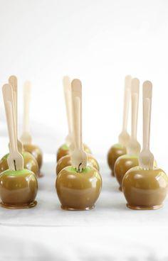 Sprinkle Bakes: Chocolate Chip Cookie Dough Caramel Apples