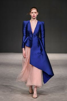 Trendy Fashion Show Models Ready To Wear Ideas Haute Couture Style, Couture Mode, Couture Fashion, Runway Fashion, Fashion 2018, Spring Fashion, Trendy Fashion, High Fashion, Fashion Trends