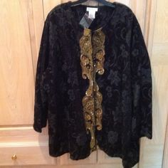 Black Tapestry Evening Jacket - Size 32-34 Black Tapestry with Gold Tapestry Sequined Front Side by Side Panels that close with a Hook and Eye at Top. Size 32-34 NWOT Ulla Popkin Jackets & Coats
