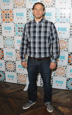 Charlie Hunnam takes a page out of Jax Teller's flannel playbook at the FOX Summer TCA All-Star Party.