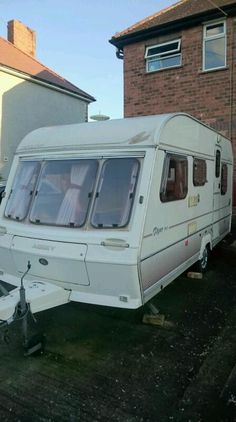 For sale is our much loved 5 berth caravan in great condition for its age. Genuine caravan, everyth