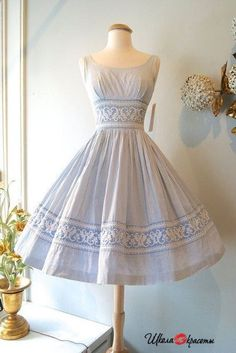 Retrodress