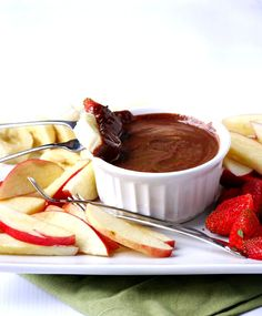 two-ingredient chocolate almond butter fruit fondue is an easy, healthy snack #EatHealthy15