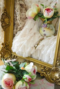 just lovely. Great see of picture frame