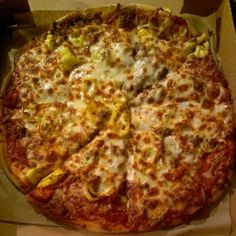 Banana pepper pizza    Photo by jcnl3    #Larosas