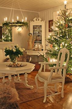 Christmas Cottage . .One day if I have to downsize; love French Provincial