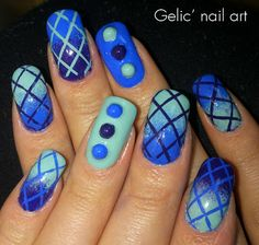 Gelic' nail art: Gradient mesh nail art in blue, green and purple