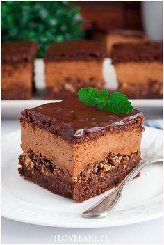 Ciasto z musem czekoladowym i wafelkami - I Love Bake Dessert Cake Recipes, Sweets Cake, Cookie Desserts, Vegan Ramen, Breakfast Menu, Cake Cookies, Food And Drink, Cooking Recipes, Favorite Recipes