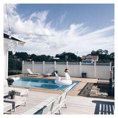 Outdoor Spaces, Outdoor Decor, Interior Garden, Modern Boho, Modern Interior, Swimming Pools, Cozy, Inspiration, Plank
