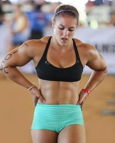 Love Fitness, Muscle Fitness, Fitness Women, Gym Fitness, Bodybuilder, Fitness Inspiration, Crossfit Girls, Model Training, Fitness Motivation