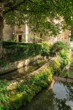 Week End France, Garden Bridge, The Good Place, Places To Go, Road Trip, Country Roads, Outdoor Structures, Landscape, World